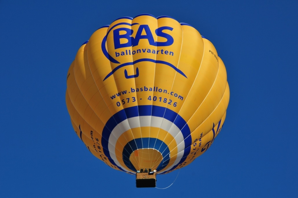 Luchtballon boven Amsterdam
