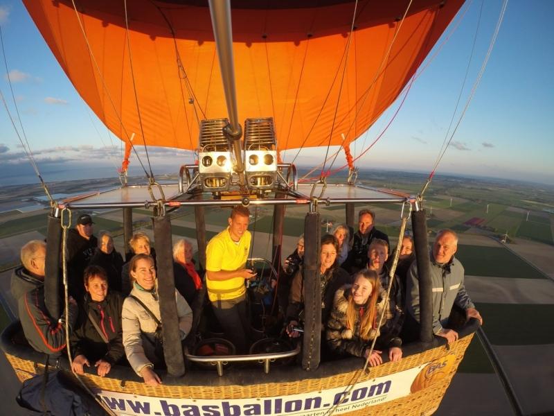 Luchtballon-boven-Opmeer