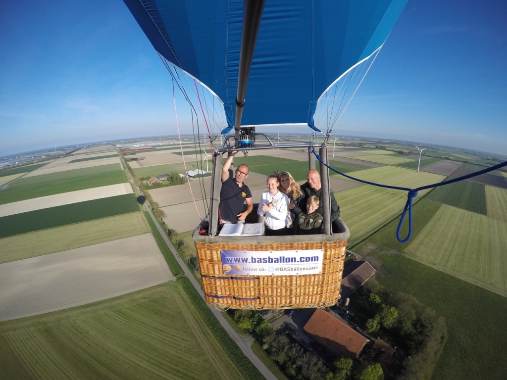 Prive ballonvaart 4 personen in Middenmeer Noord Holland