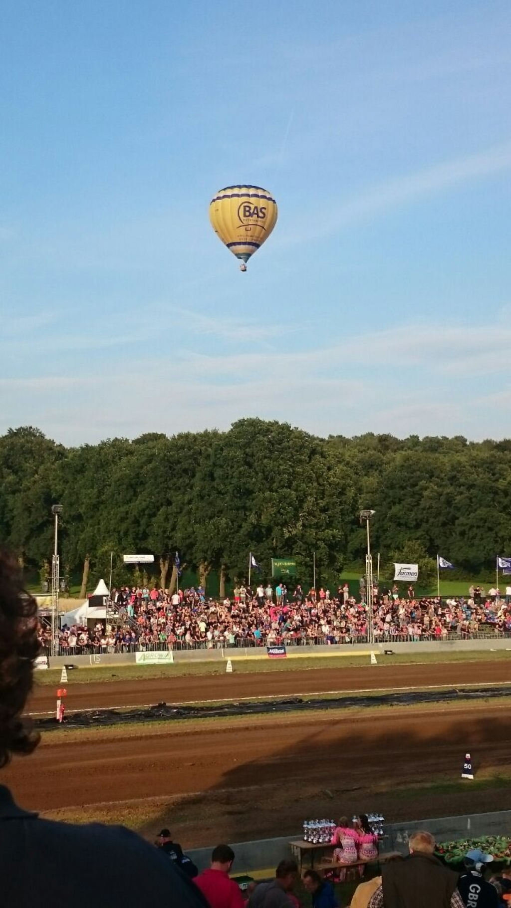 Prive ballonvaart over de Tractorpulling in Lochem