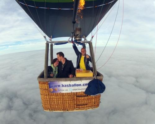 Huwelijksaanzoek in Luchtballon