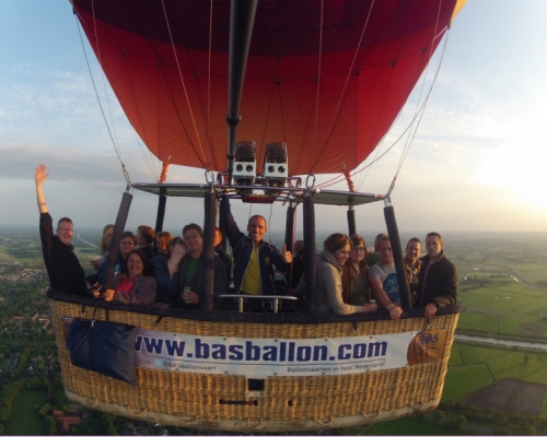 Luchtballon-Vriezenveen
