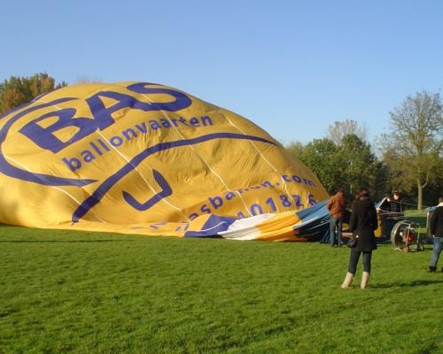 Opblazen van een luchtballon