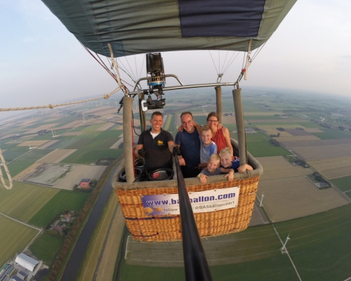 Private balloon flights above North Holland